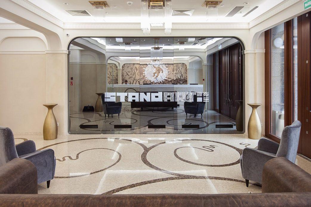 Комплексное оснащение ресторана профессиональным оборудованием от Profitex. Дизайн-отель СтандАрт 5*, Москва. На фото лобби и ресепшн отеля.