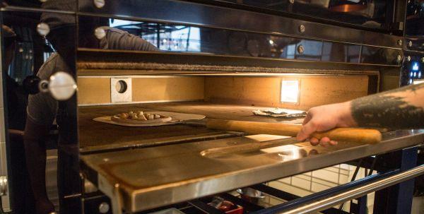 Пицца-печь 4