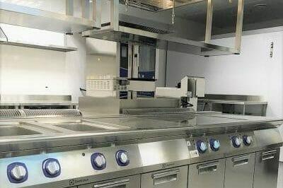 Комплексное оснащение профессиональной кухни